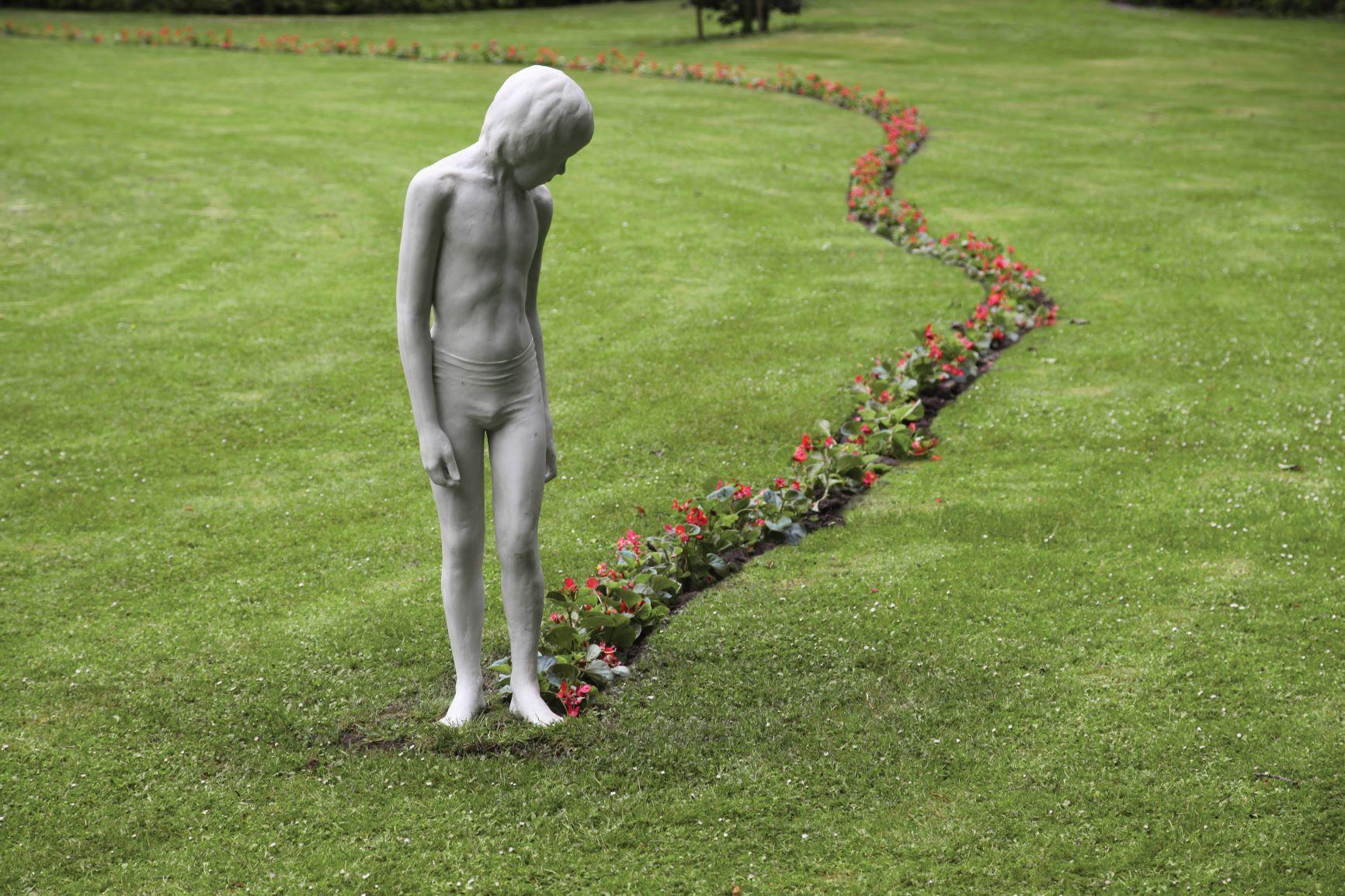 Sofie Muller sculptuur Jesse kleiner