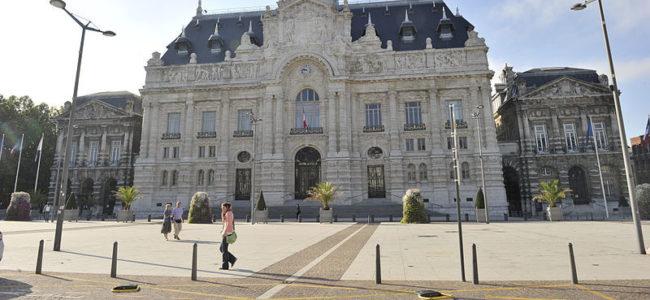 800px-Hôtel_de_ville_3