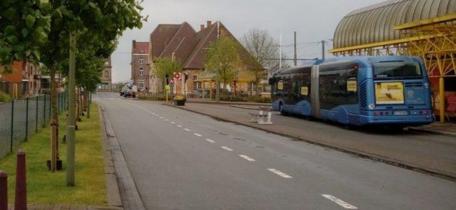 Bus voor station in De panne