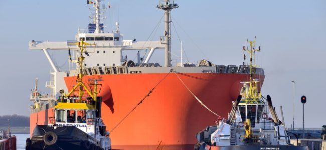 Sleepboot c North Sea Port aangepast