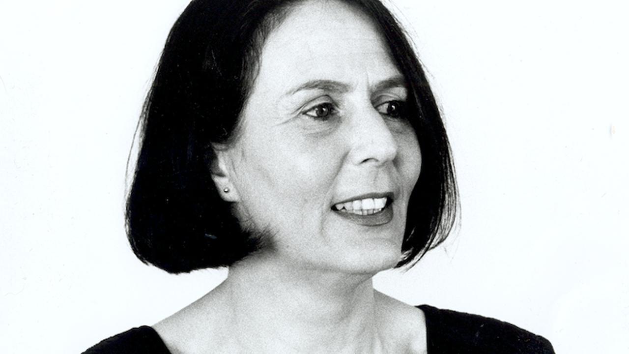 Twee koffers vol schrijfster carl friedman 67 overleden